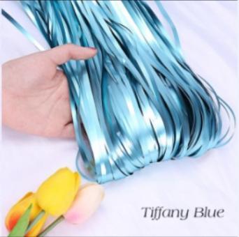 Шторка (дождик) из фольги для фотозон голубая матовая 1х2 м.